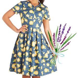 Modcloth Bea and Dot Mum As You Are Retro Dress L